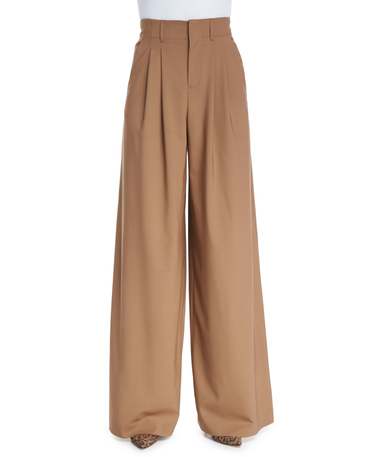 Search River Island. Brown leopard print pleated wide leg trousers +1; Quick view. Add to wishlist. £ Dark green paperbag tapered trousers. Quick view. Black high waisted wide leg trousers. Quick view. Add to wishlist. £ Black popper side leggings. Quick view. Add to wishlist.