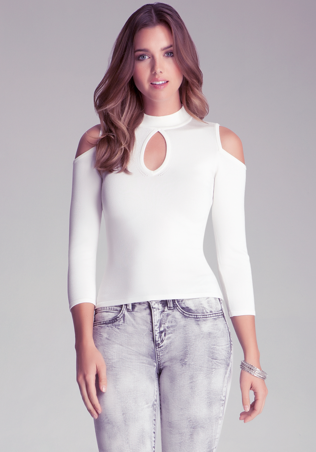 024311bc78a5da Bebe Keyhole Cold Shoulder Top in White - Lyst