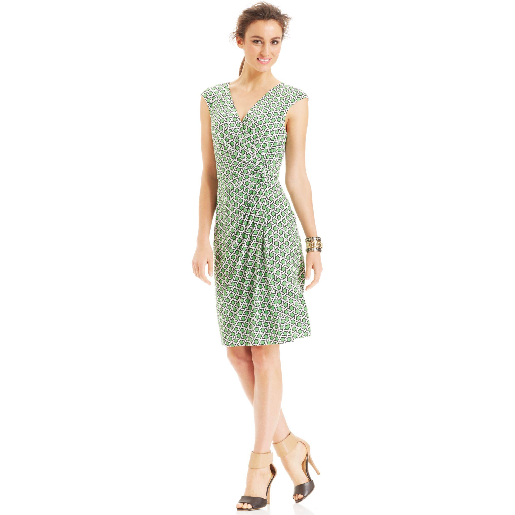 Lyst - Maggy London Capsleeve Geoprint Fauxwrap Dress in Green