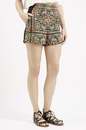 Topshop High-Waisted Embroidered Shorts in Black | Lyst