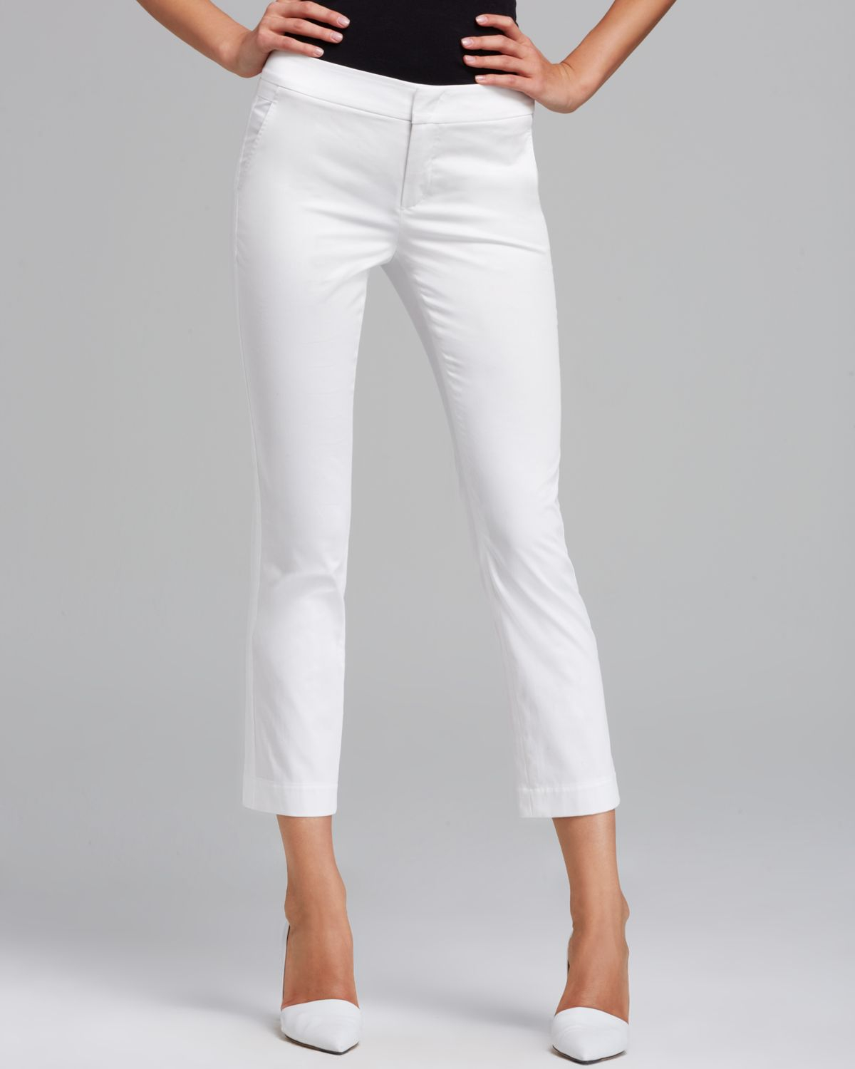Vince Pants Crop In White Lyst