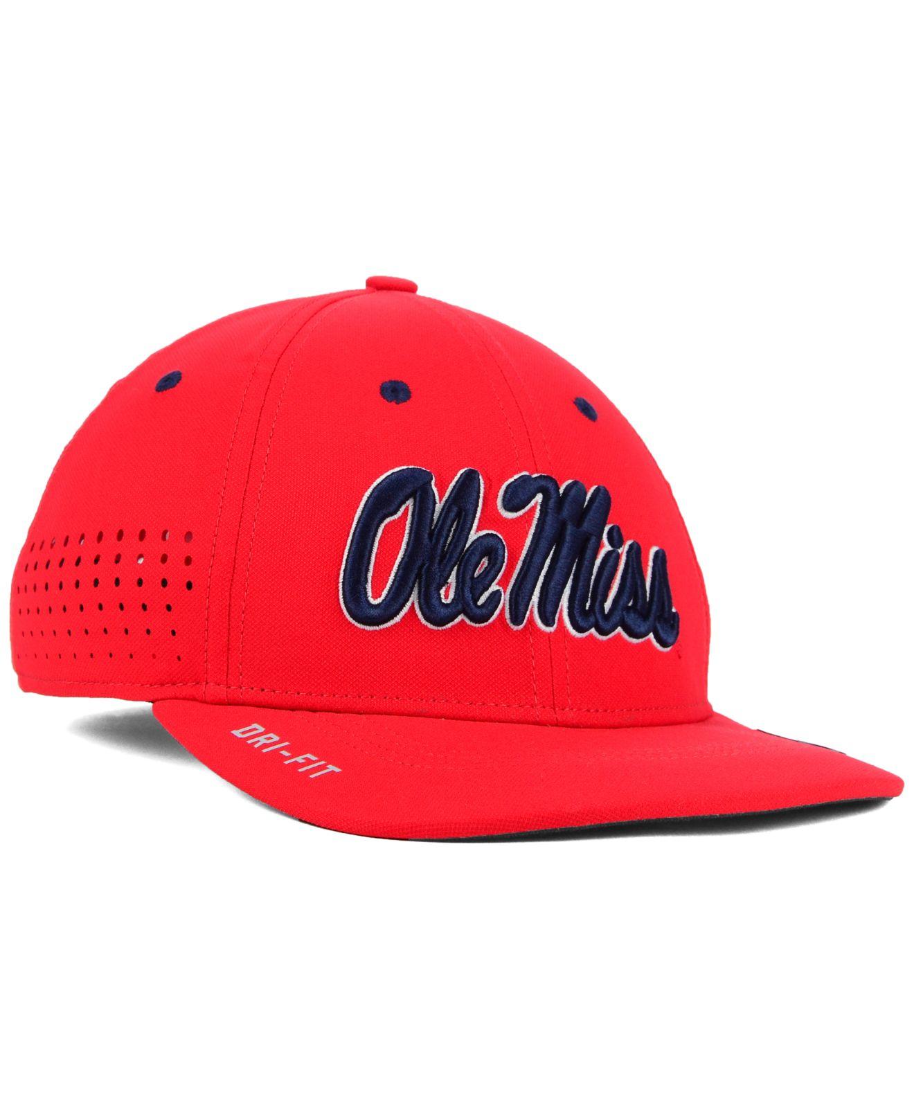 buy popular 792bd f581f Lyst - Nike Mississippi Rebels Sideline Cap in Red for Men