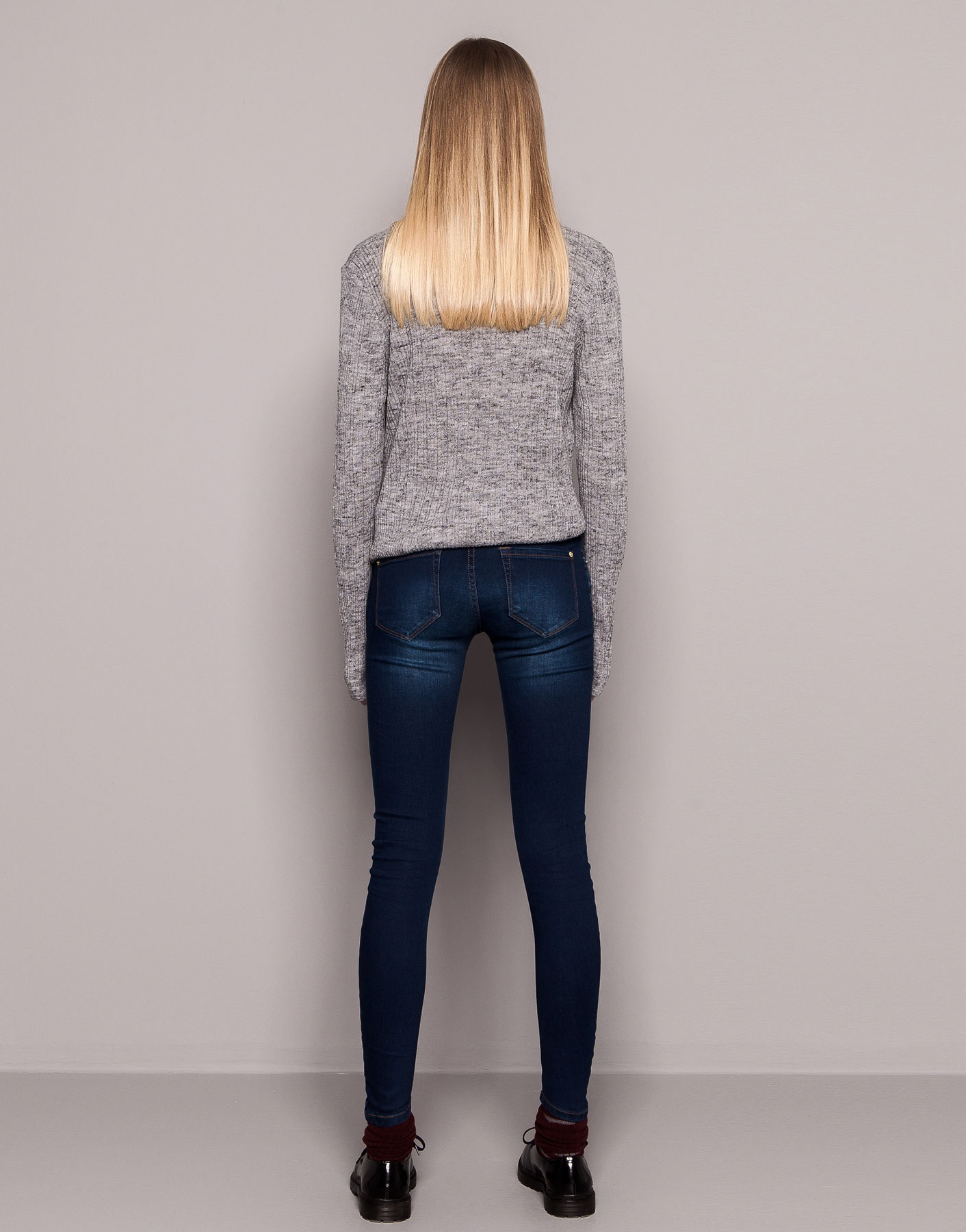 Skinny Legged Jeans - Jeans Am