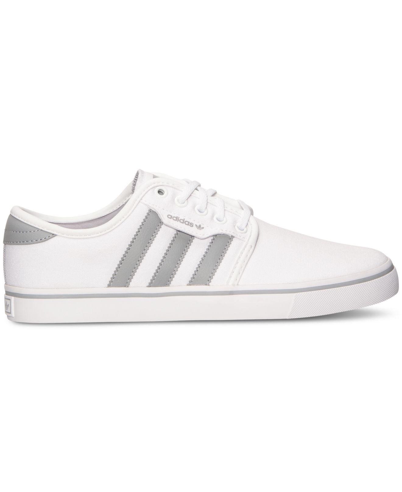 lyst adidas uomini scarpe casual da seeley traguardo in bianco.