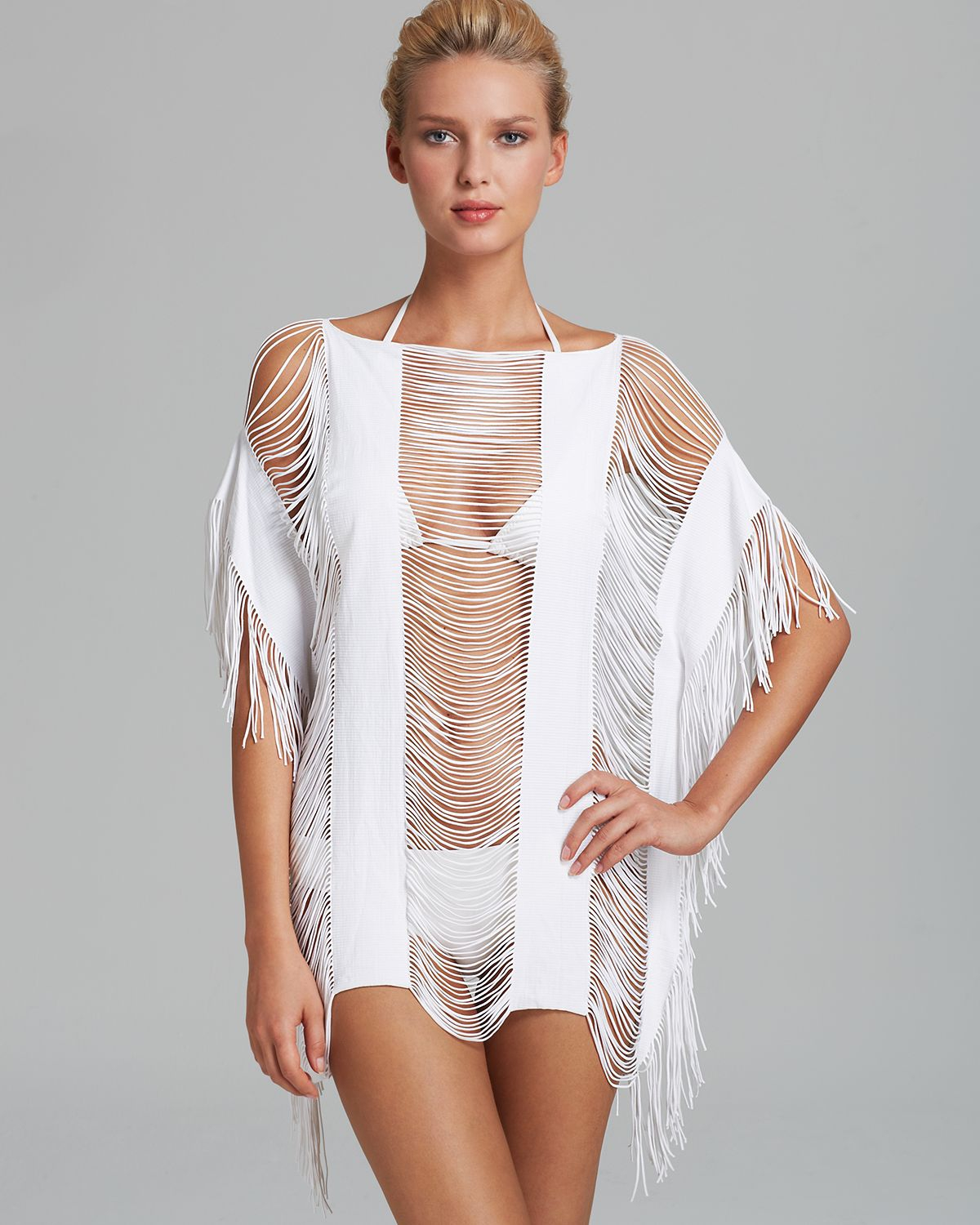 Free shipping & returns on beach cover-ups at ganjamoney.tk Browse our selection of swimsuit cover-ups, beach dresses & bikini cover-up from Becca, La .