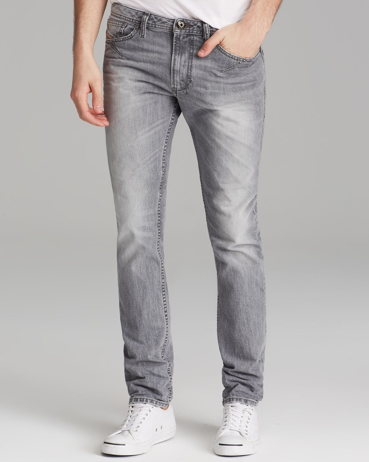 Slim fit jeans are the perfect choice for men who are looking for an all-purpose pair of jeans. Great for almost any occasion, and available in a variety of stretches and washes, you're sure to find a pair of slim fit jeans you'll love.