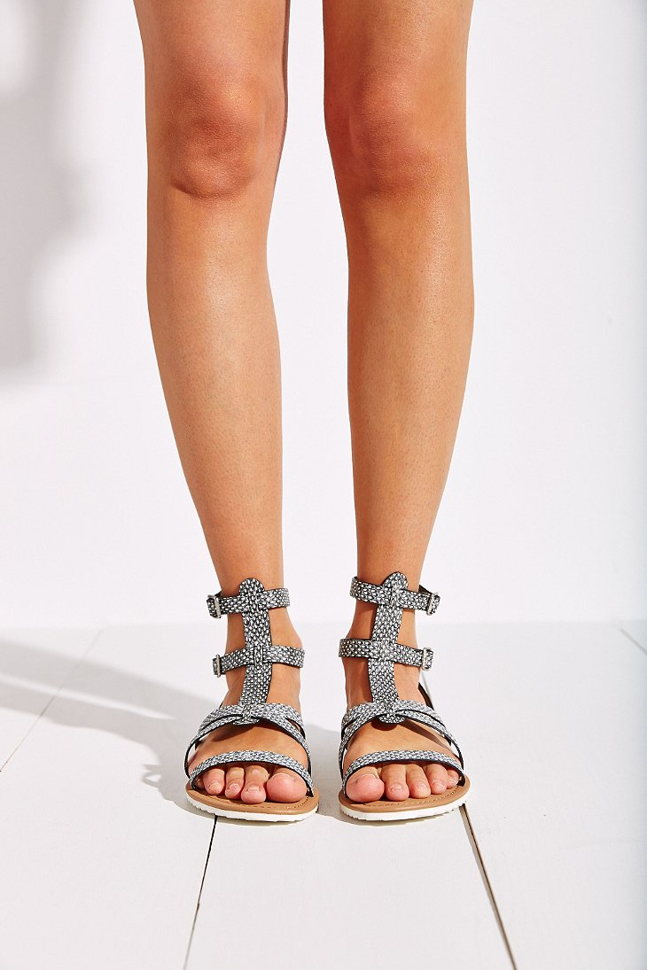 021cf64d15a2 Gallery. Previously sold at  Urban Outfitters · Women s Gladiator Sandals  ...