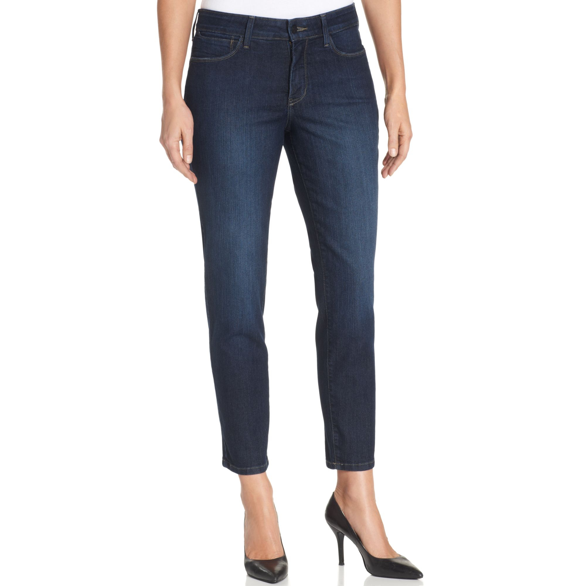 Women's cropped jeans are jeans that end a little higher, above the ankle. This shorter style of jeans is great for showing off your favorite pair of sneakers or sandals! Cropped jeans can be slim or wide legged, depending on the style.