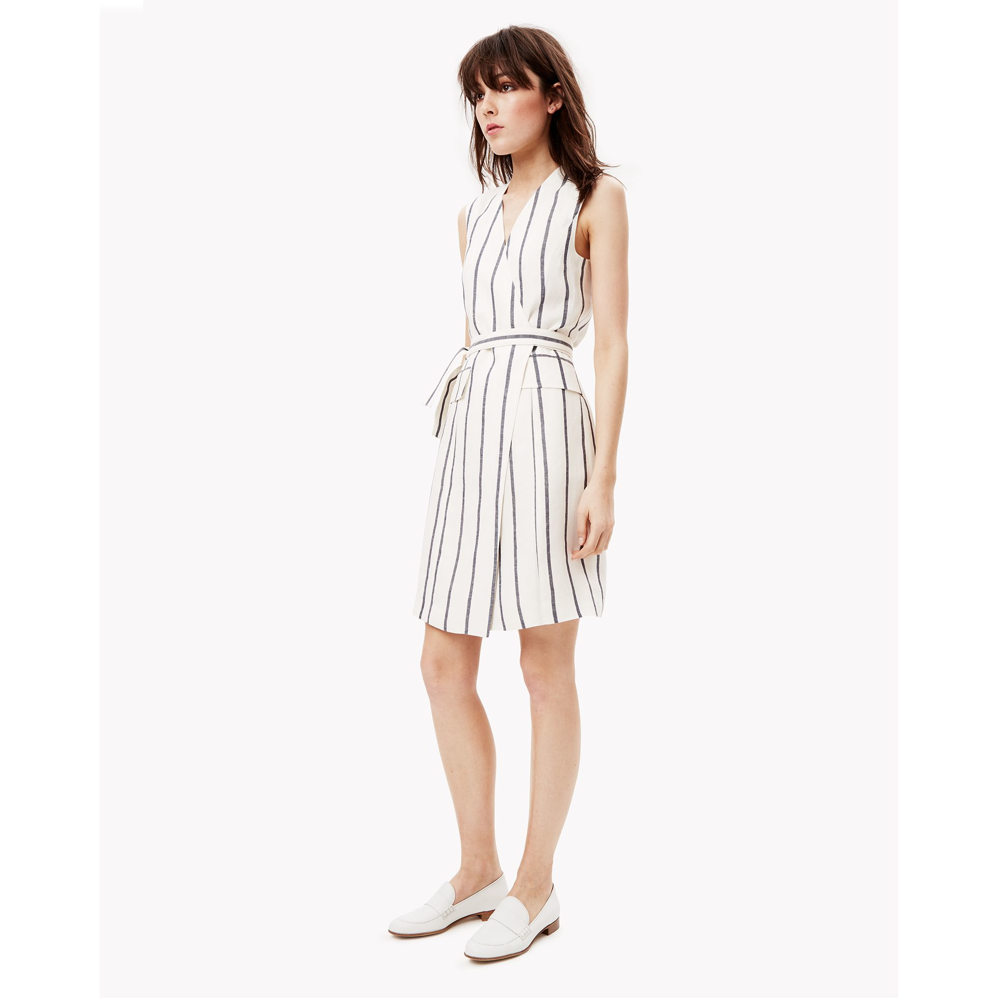 Theory Linen Wrap Dress in White | Lyst