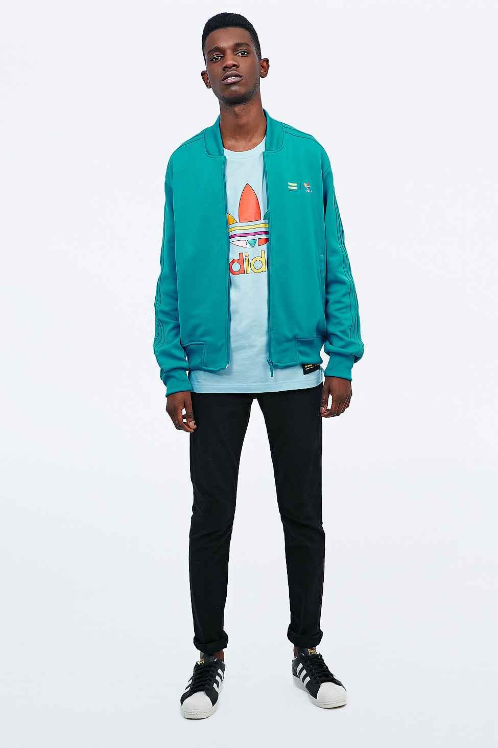 adidas originals x pharrell supercolor jacke in türkis in