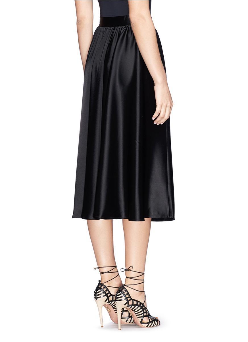 St. john Liquid Satin Midi Circle Skirt in Black | Lyst