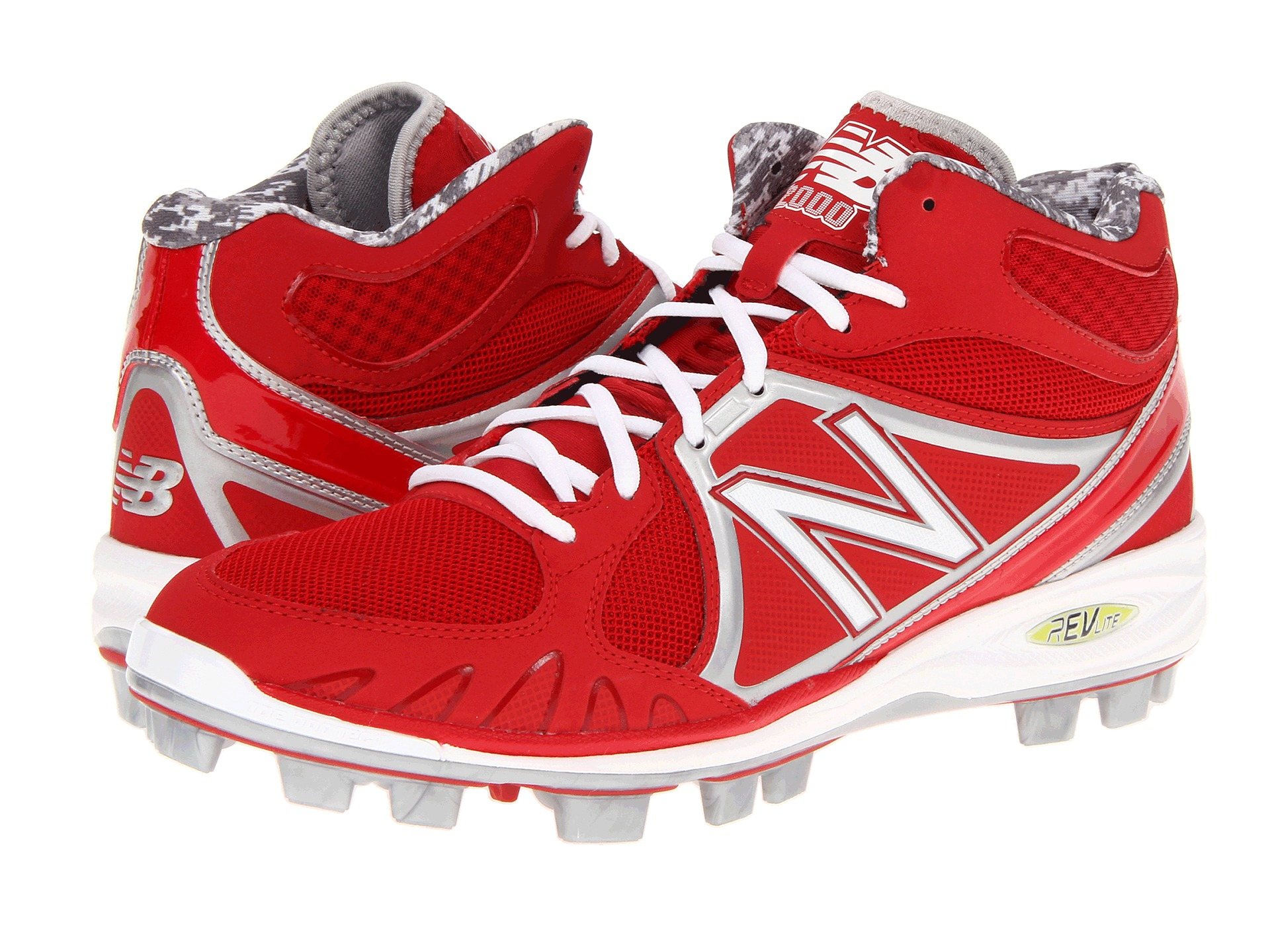 New Balance Golf Shoes White/Red. Inspired by our classic sneaker, this men's golf shoe combines New Balance comfort, durability and style with golf-specific technologies designed to enhance traction, stability, and ultimately, your game.