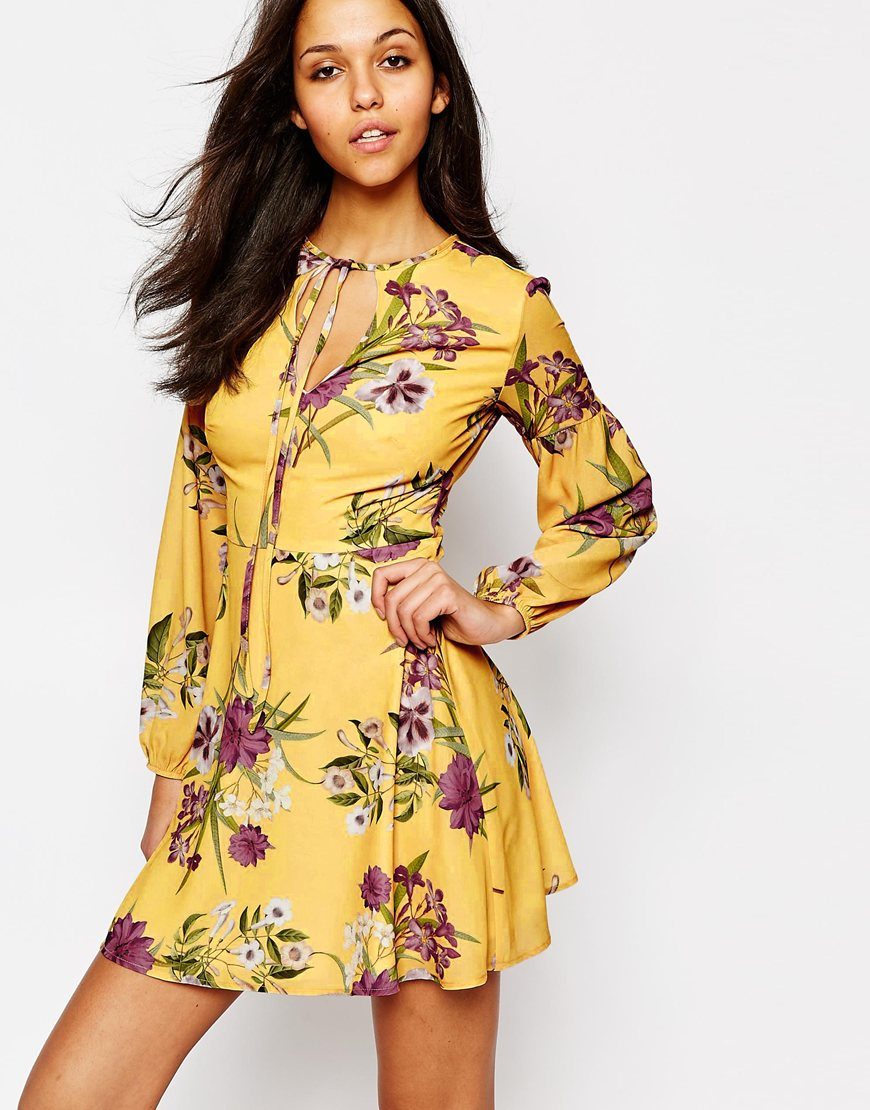 Oh my love Long Sleeve Tea Dress With Keyhole And Tie in Yellow - Lyst