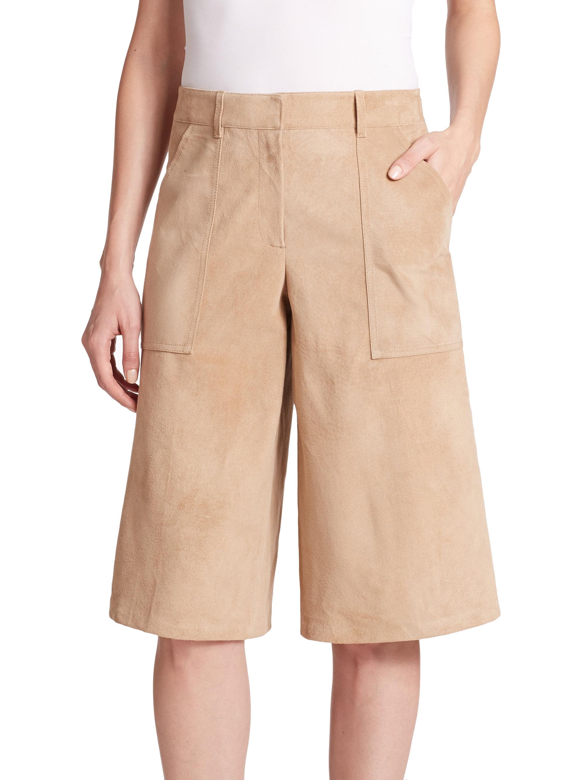 Bermuda pants - definition of Bermuda pants by The Free ...