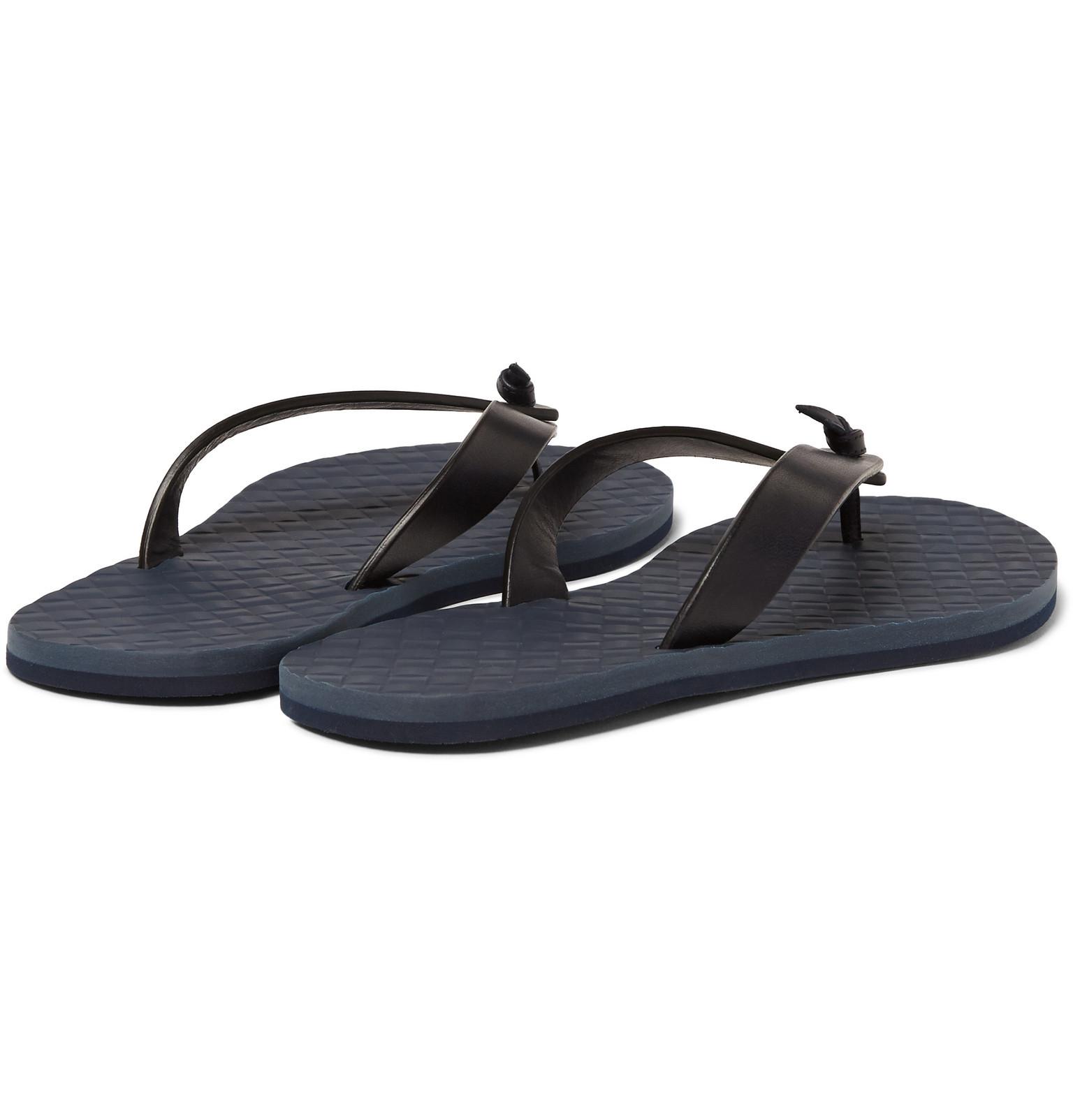 3e248973768f3 Bottega Veneta Leather Flip Flops in Blue for Men - Lyst