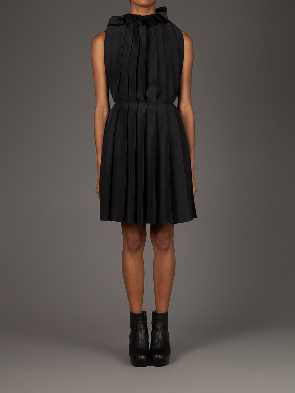 Lyst Uma Wang Pleated Apron Dress In Black