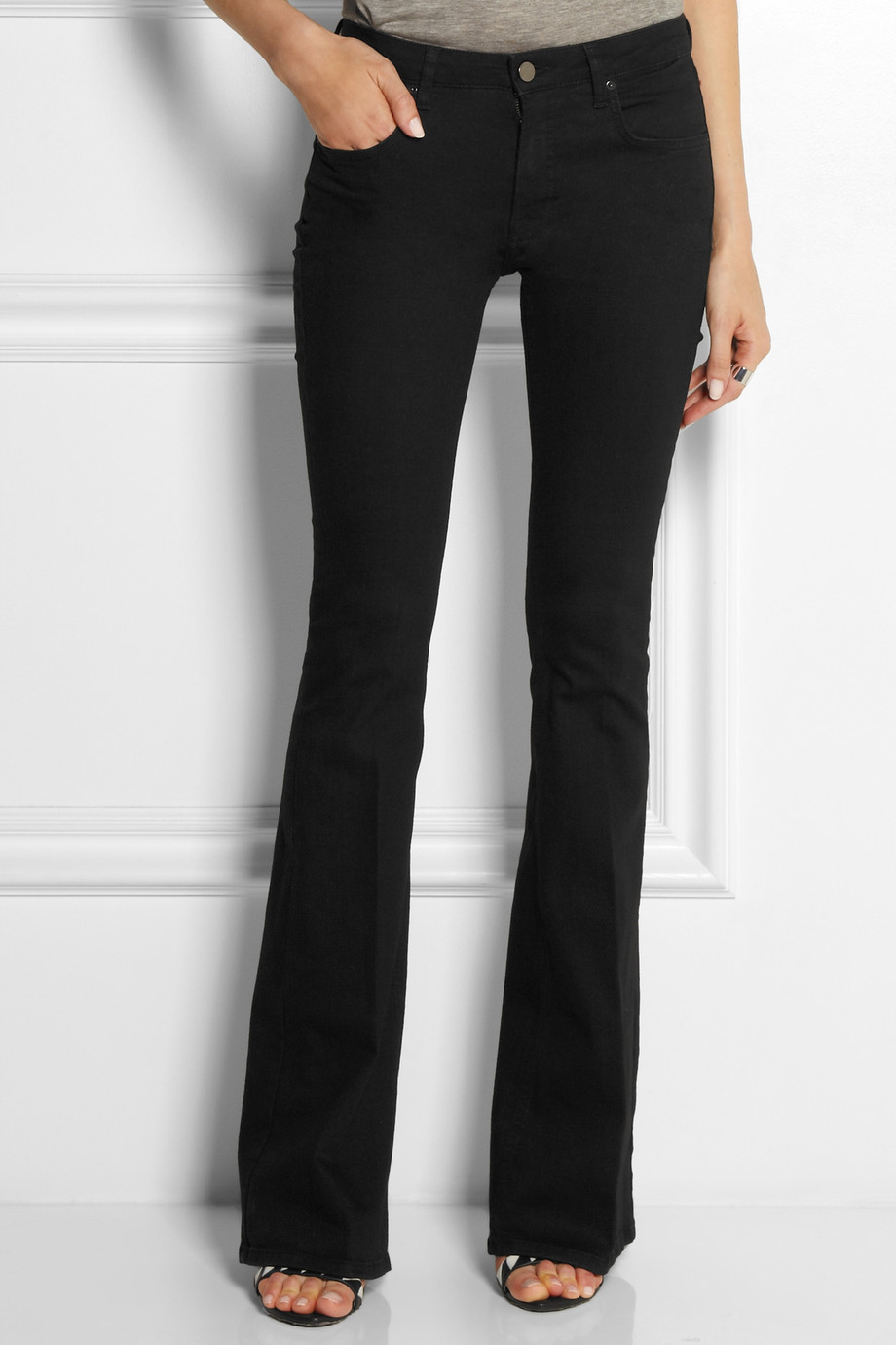 Victoria beckham Midrise Flared Jeans in Black | Lyst