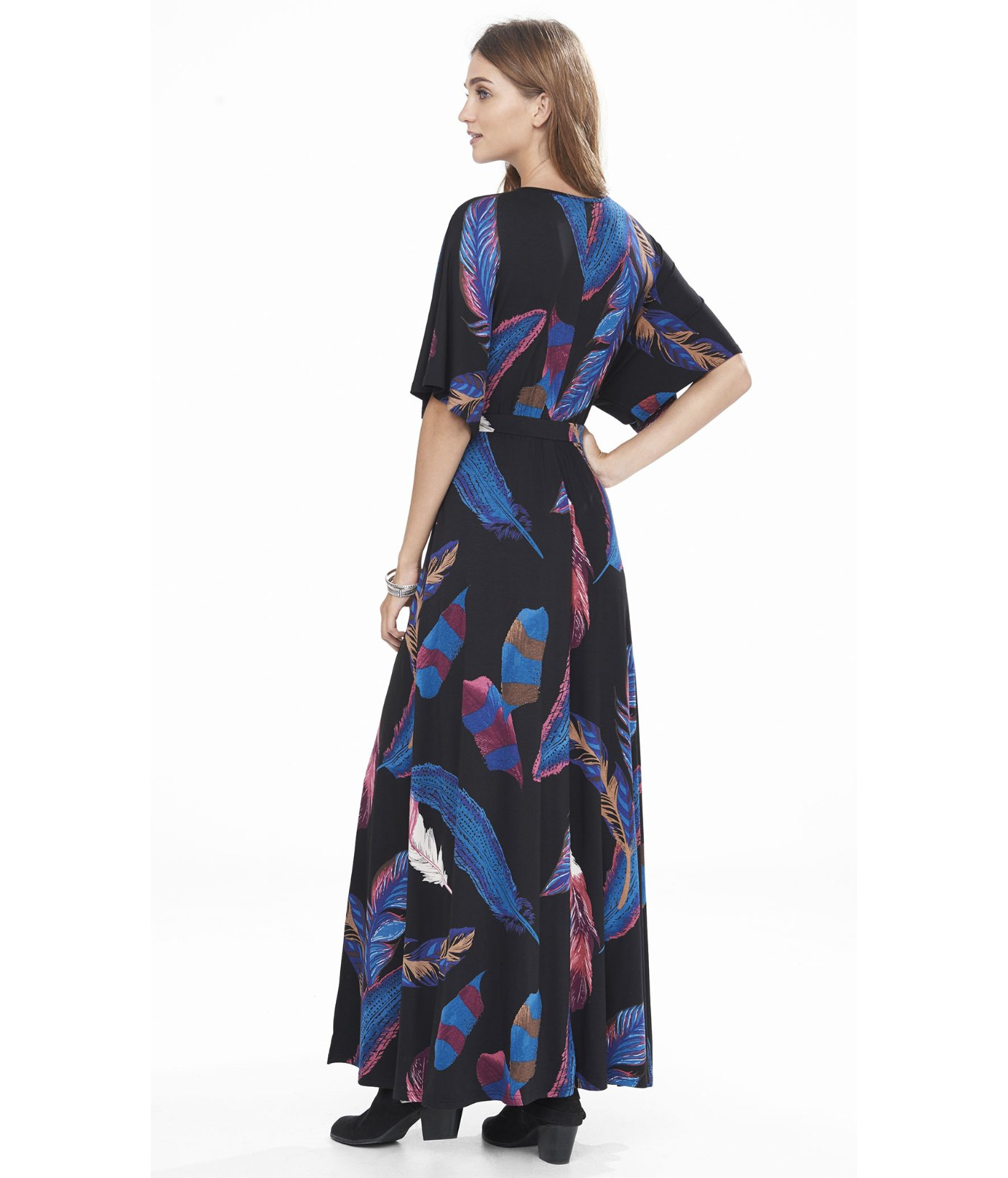 5366ab0ad5 Lyst - Express Feather Print Kimono Sleeve Maxi Dress in Blue