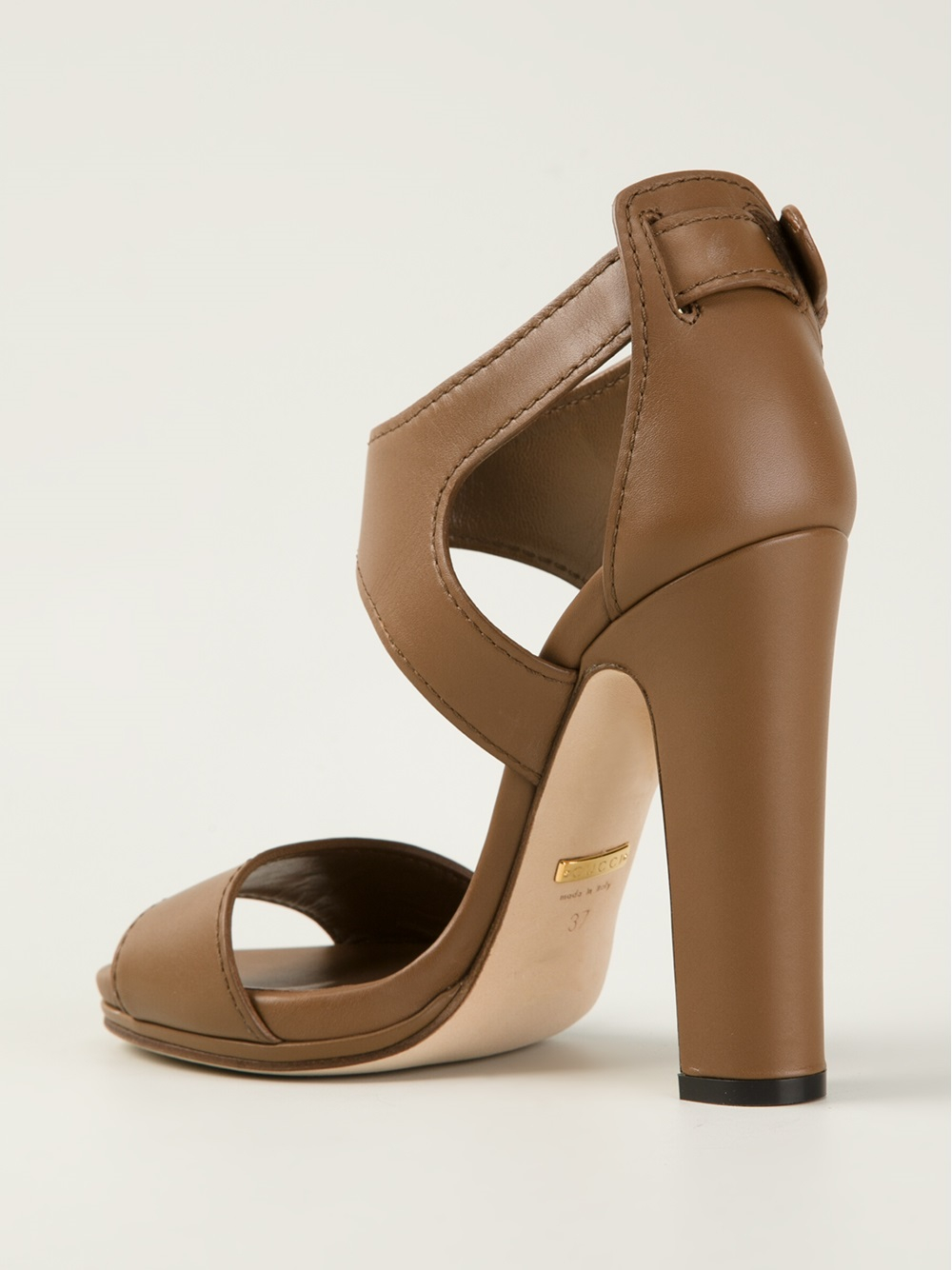 Gucci Chunky Heel Sandals in Natural | Lyst