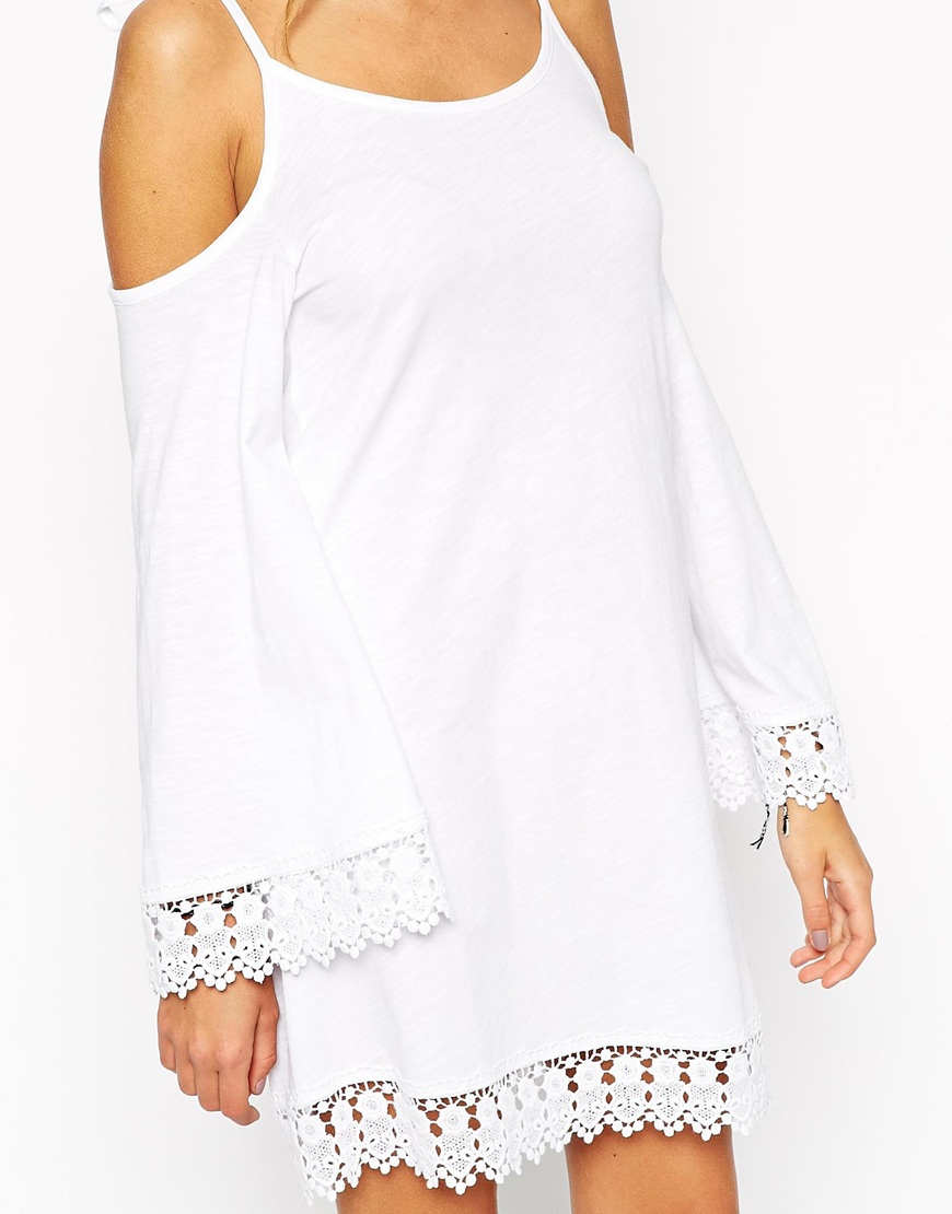 White Long Sleeve Dresses with Lace Trim