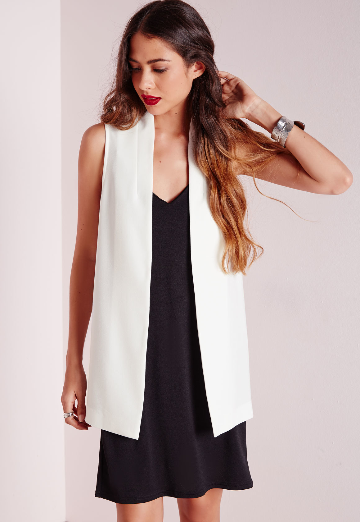 d4f695ae26c16 Lyst - Missguided Crepe Sleeveless Blazer White in White