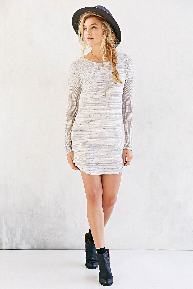 3d16a81ea6 Gallery. Previously sold at  Urban Outfitters · Women s T Shirt Dresses ...