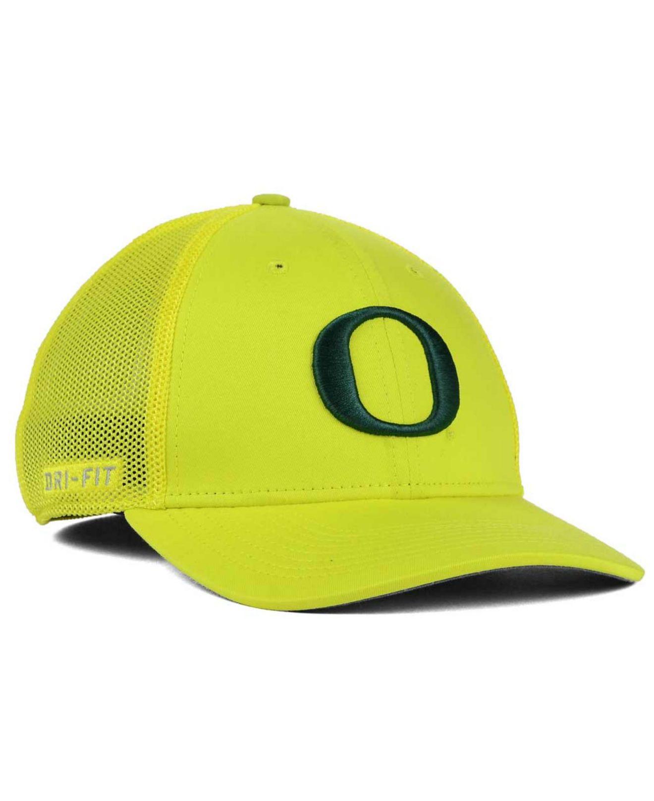 28d3fbcf39f73 Lyst - Nike Oregon Ducks L91 Swoosh Flex Stretch-fit Cap in Yellow ...