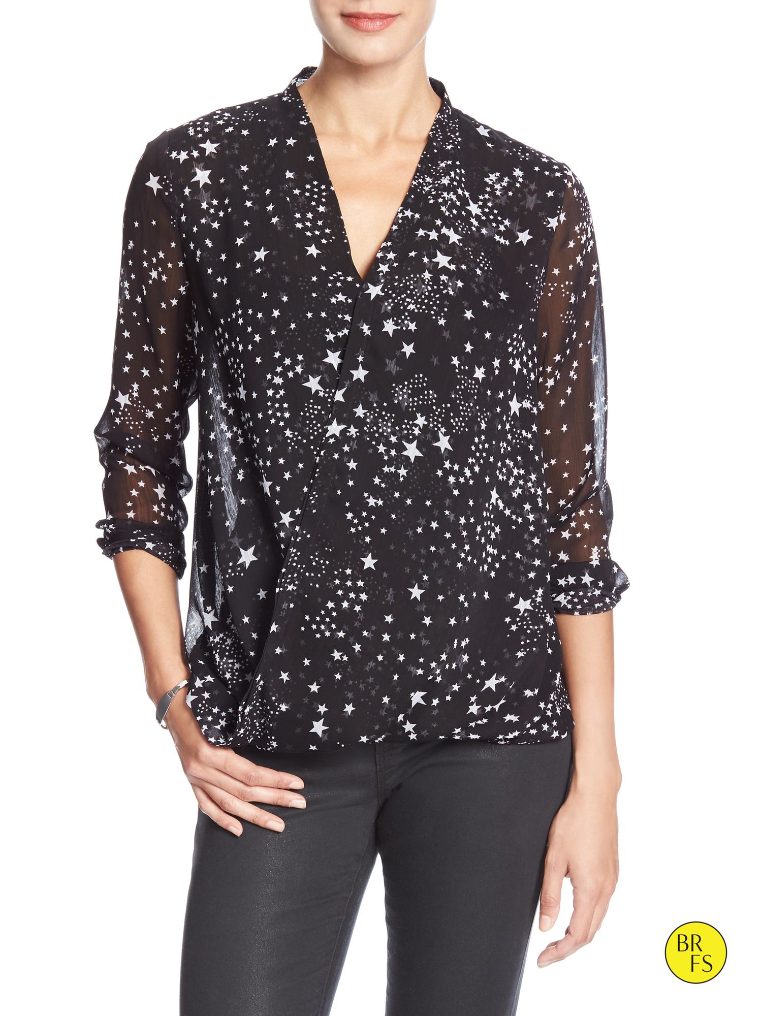 5e8f17d560c35 Lyst - Banana Republic Factory Drapey Star-print Blouse in Black