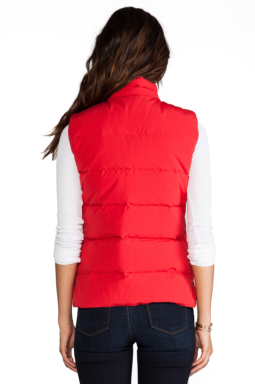 Canada Goose' vest red