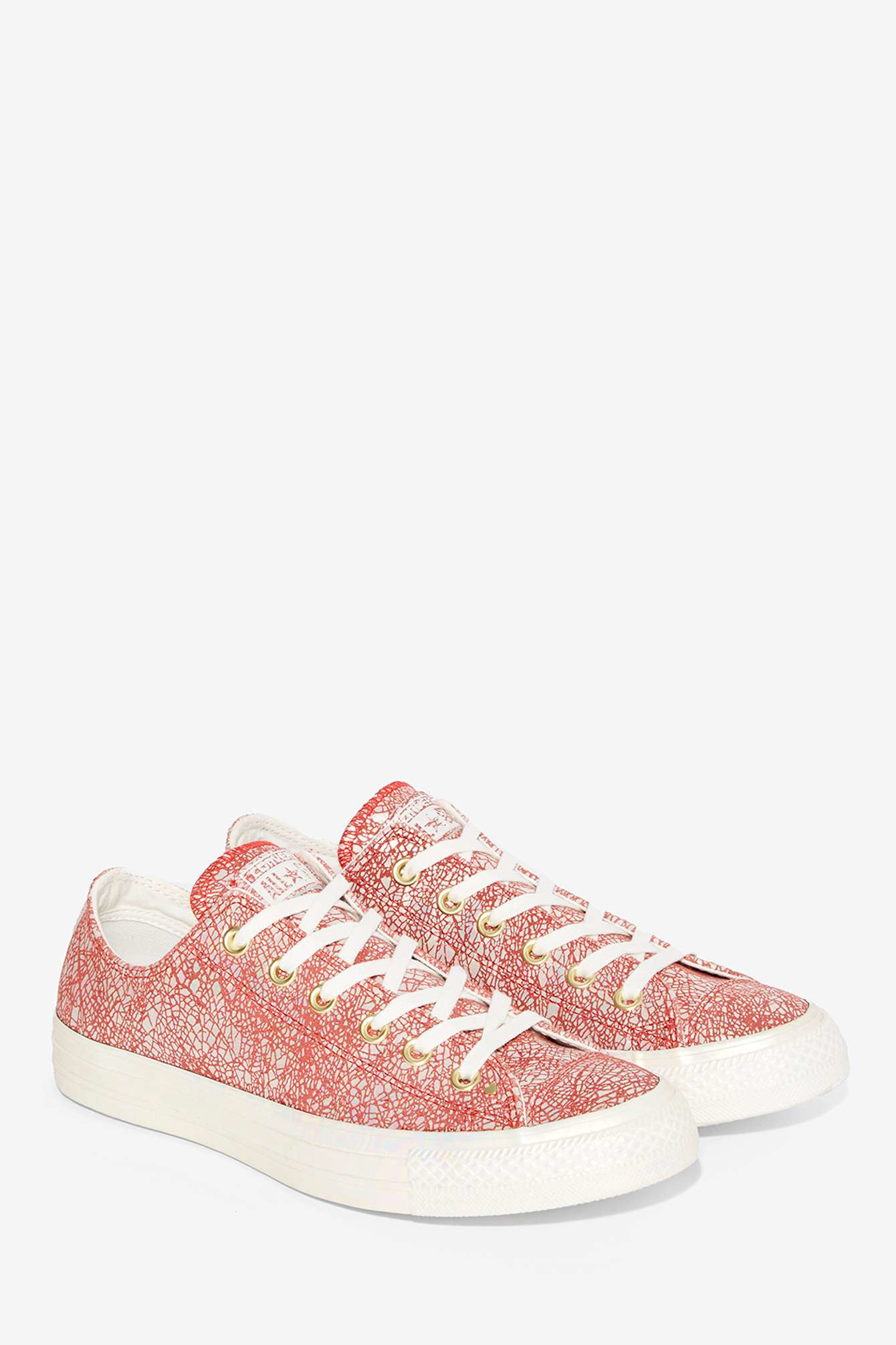 479175c986c2 Lyst - Converse Chuck Taylor All Star Irisdescent Leather Sneaker in Red
