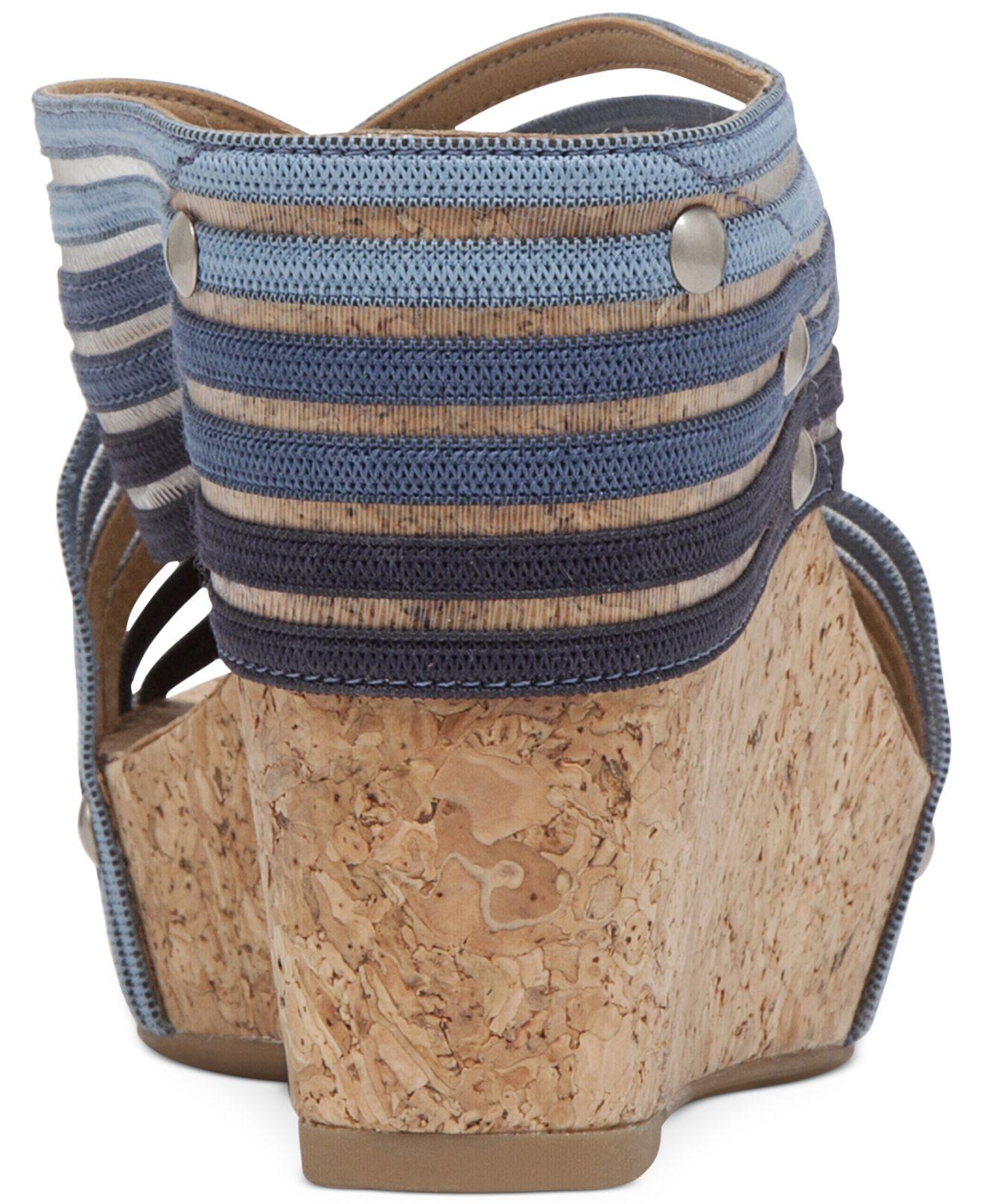 c49c1e6d0 Lyst - Lucky Brand Miller2 Platform Wedge Sandals in Blue
