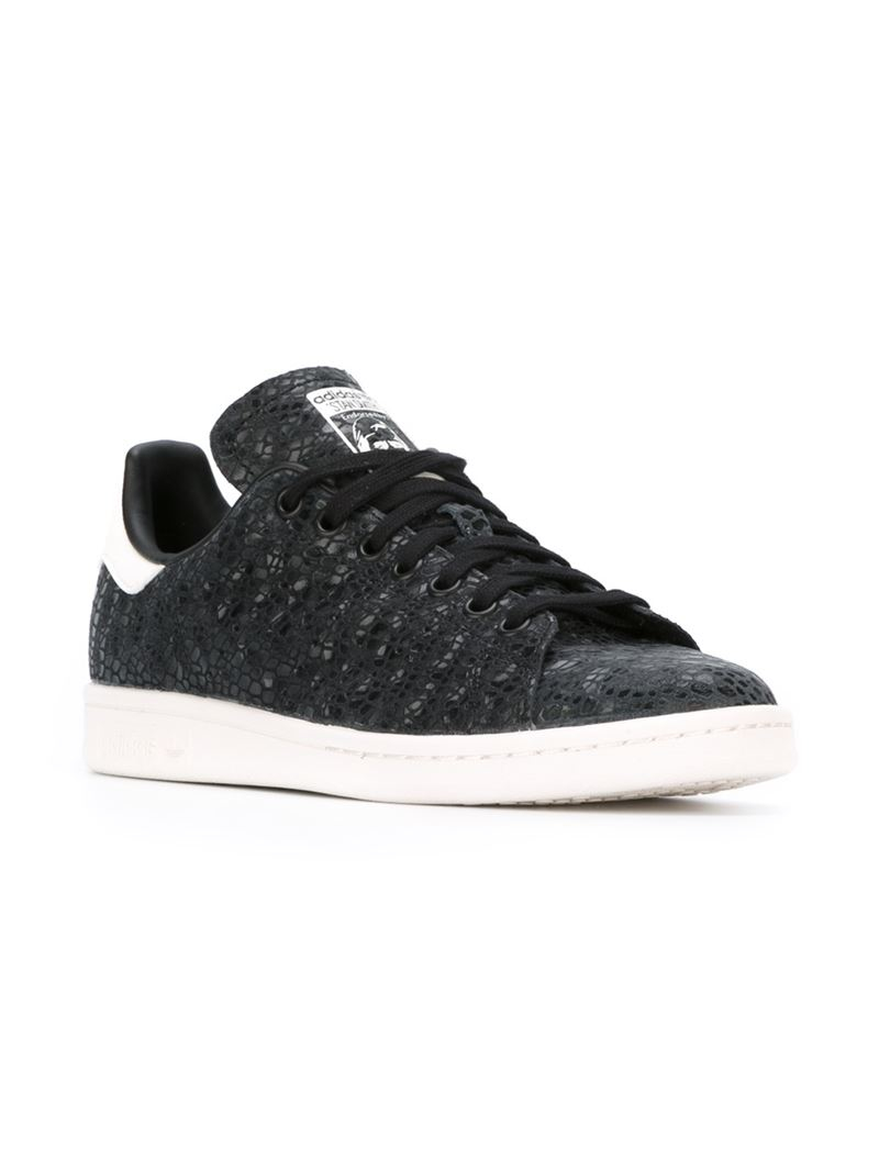 adidas originals 39 stan smith 39 sneakers in black lyst. Black Bedroom Furniture Sets. Home Design Ideas