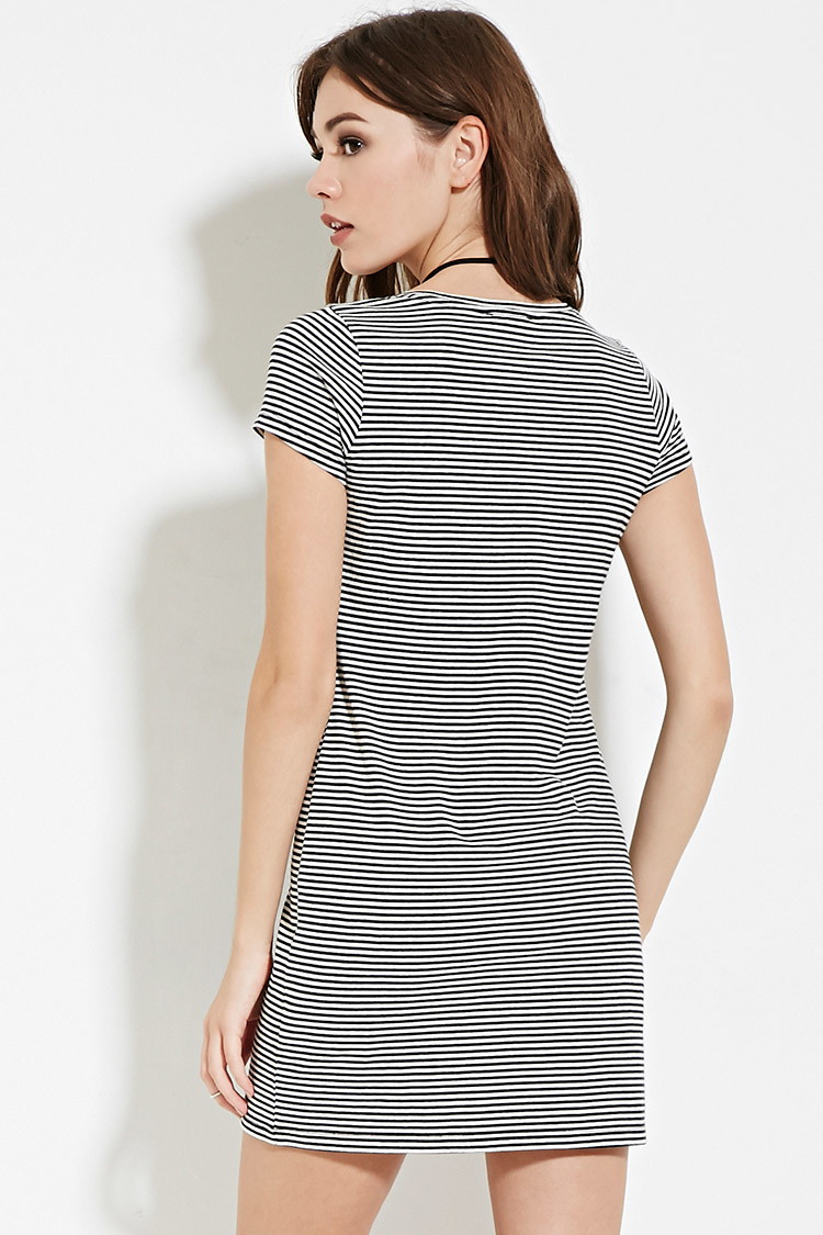 e6a85d571f Forever 21 Striped T-shirt Dress in Black - Lyst