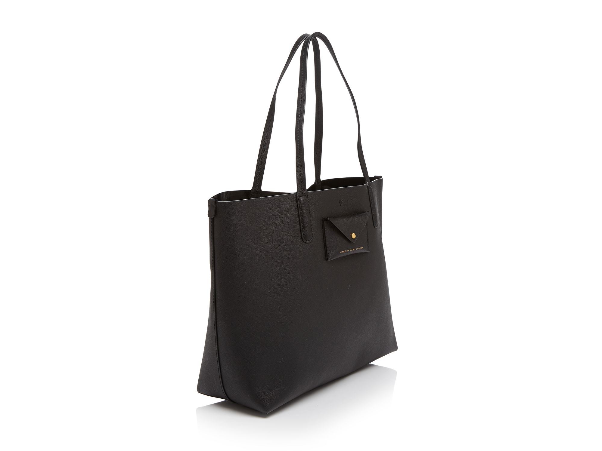 d55ac7a481c4 Gallery. Previously sold at  Bloomingdale s · Women s Marc Jacobs  Metropolitote