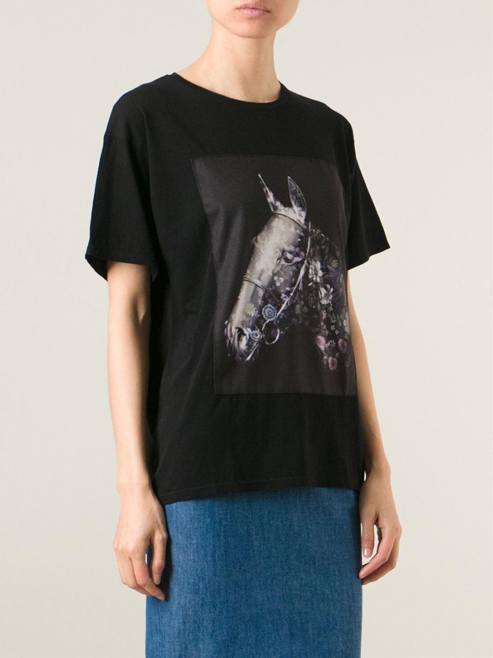 Women Nike T Shirts