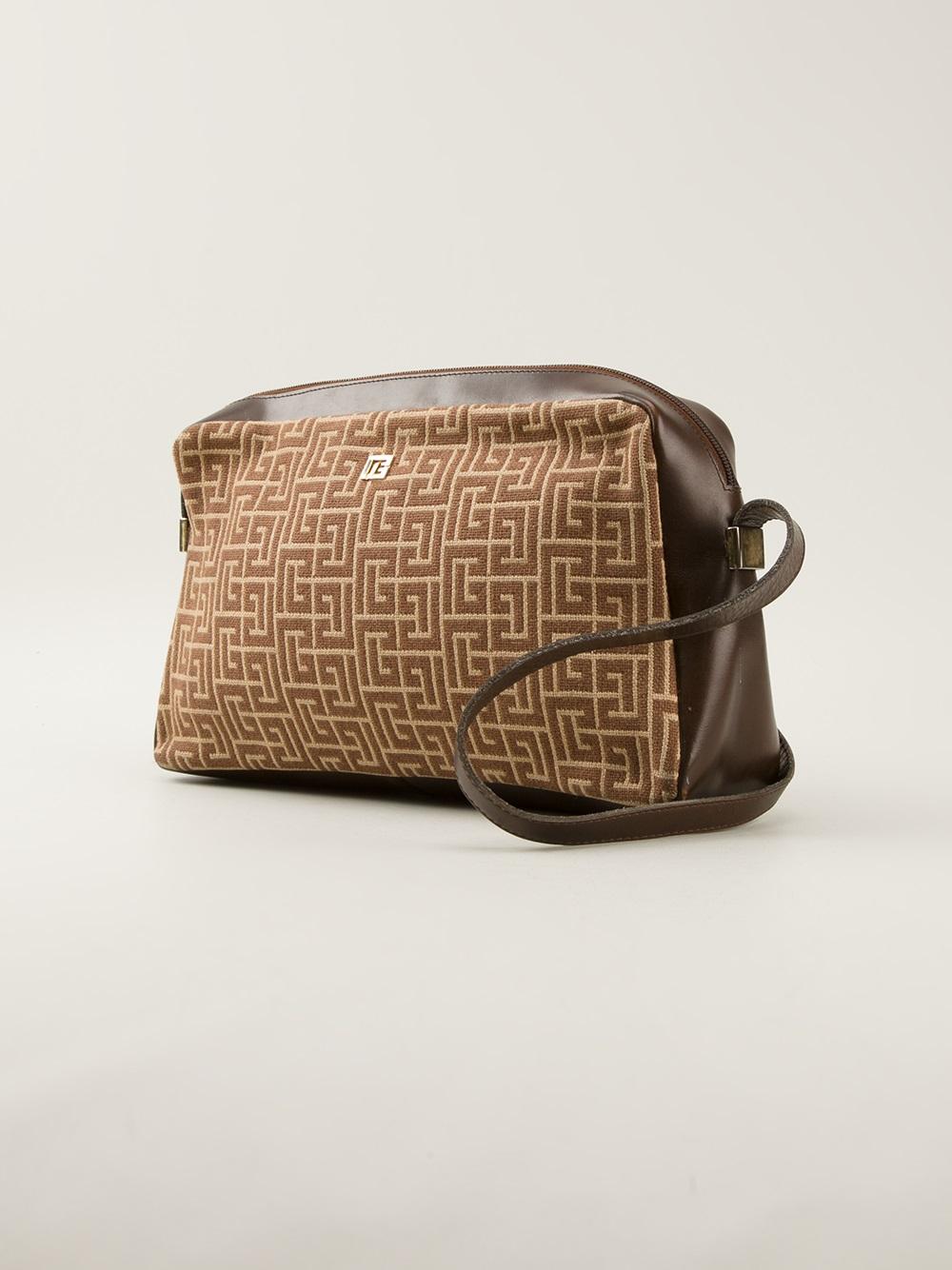 0c727b556f Balmain Intarsia Logo Shoulder Bag in Brown - Lyst