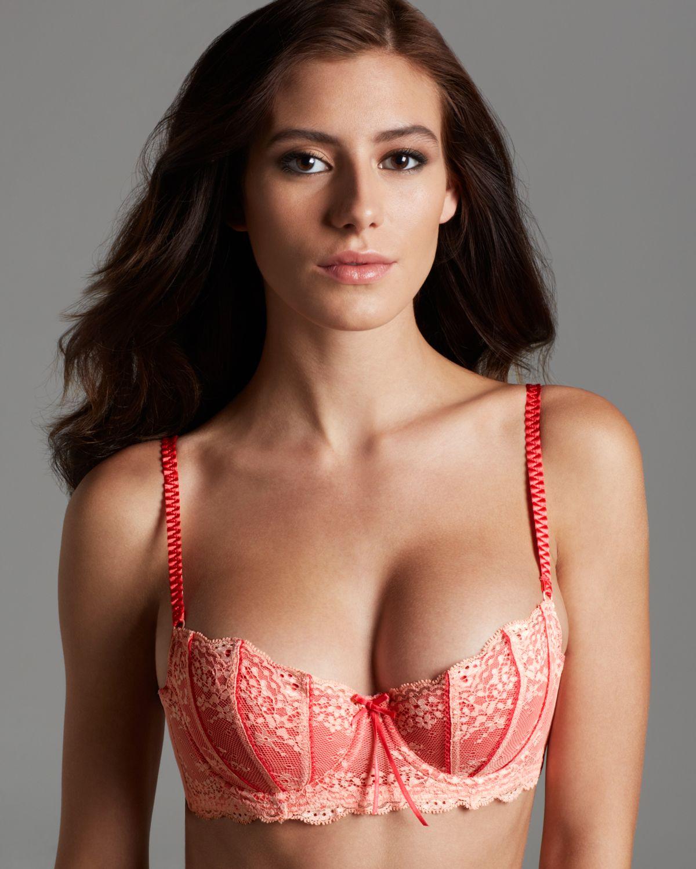 1029c7fca56bf Elle macpherson contour bra dentelle in red lyst jpg 1200x1500 Elle  macpherson intimates brand bras