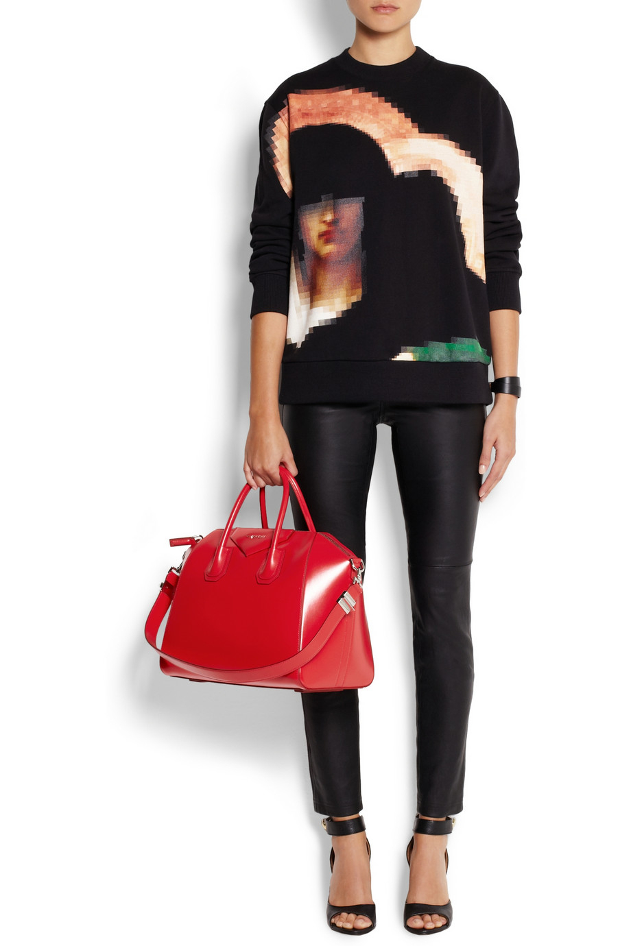 a07600549f Lyst - Givenchy Medium Antigona Bag in Red Leather in Red