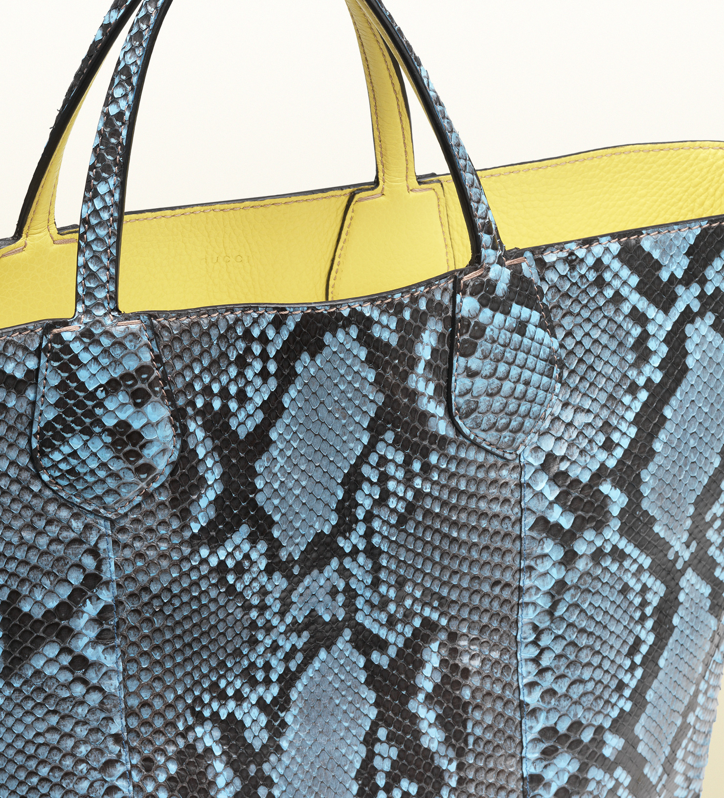 72b6d6865a9 Gucci Ramble Reversible Python And Leather Tote in Blue - Lyst