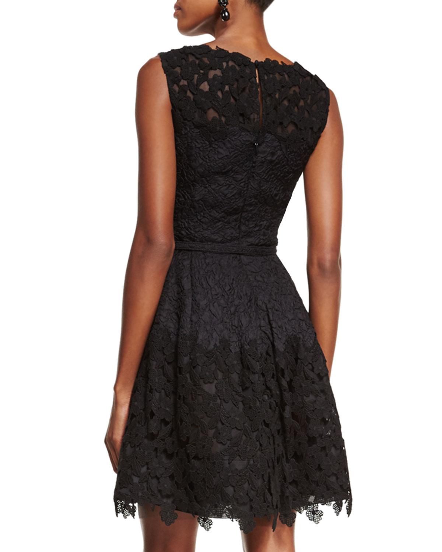 Lyst - Oscar De La Renta Lace Fit-&-flare Cocktail Dress in Black