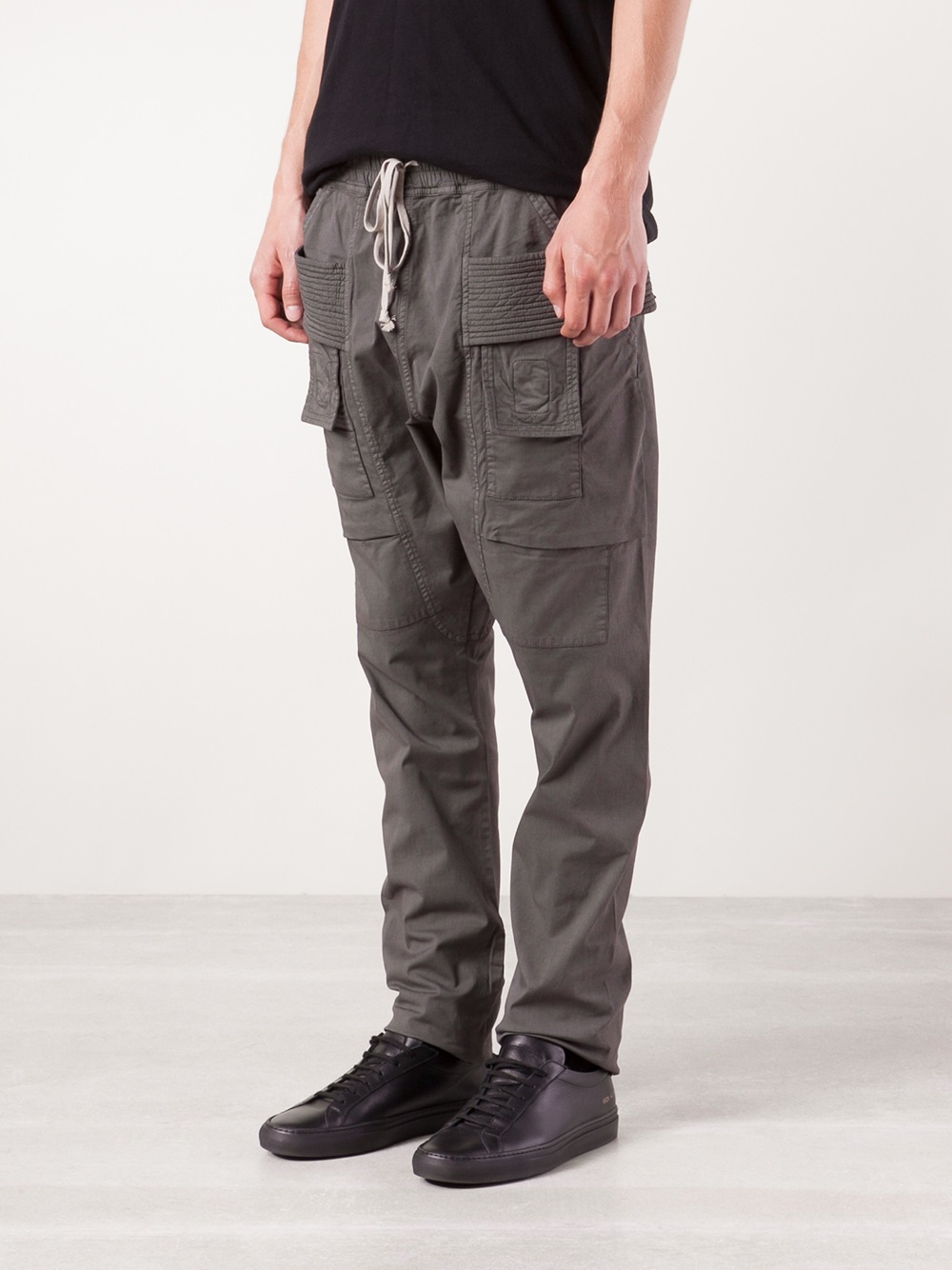 1c07d0001f4 Gallery. Previously sold at  Farfetch · Men s Camel Pants ...