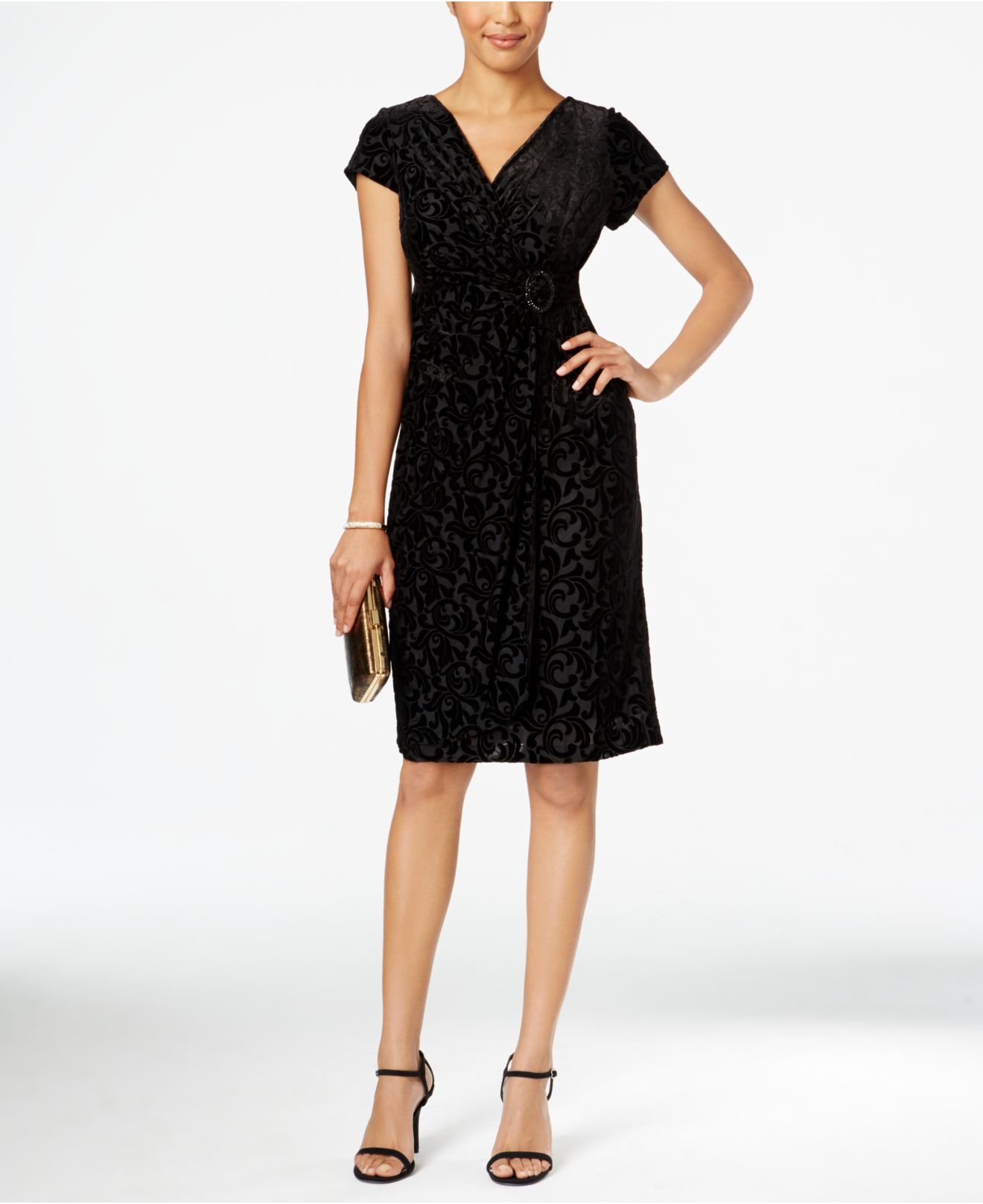 d5890856d90 Alex Evenings Petite Cap-sleeve Velvet Sheath Dress in Black - Lyst
