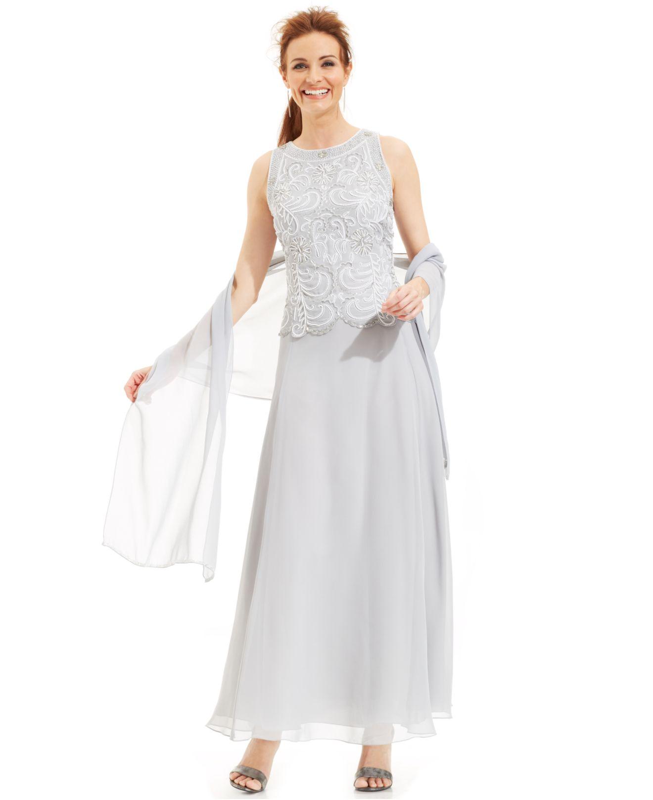 e84c5e6f71e0 J Kara Beaded Bodice Chiffon Gown And Shawl in Metallic - Lyst