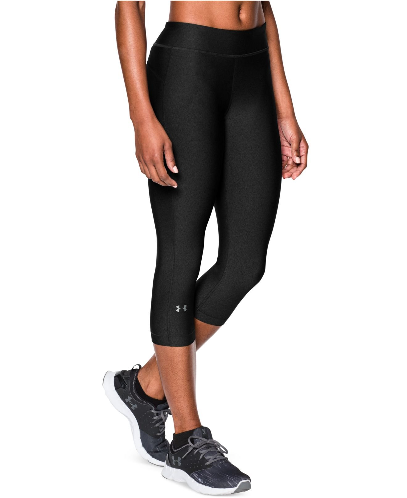 Under armour Heatgear Capri Leggings in Black | Lyst