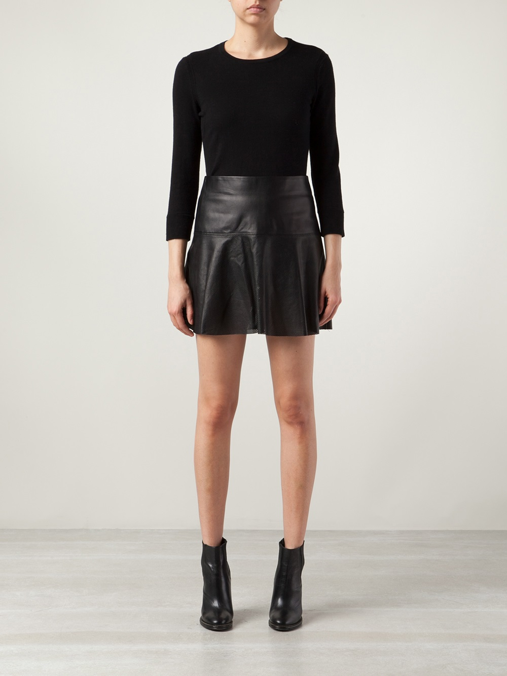 146f9d5252 Vince Perforated Leather Skirt in Black - Lyst