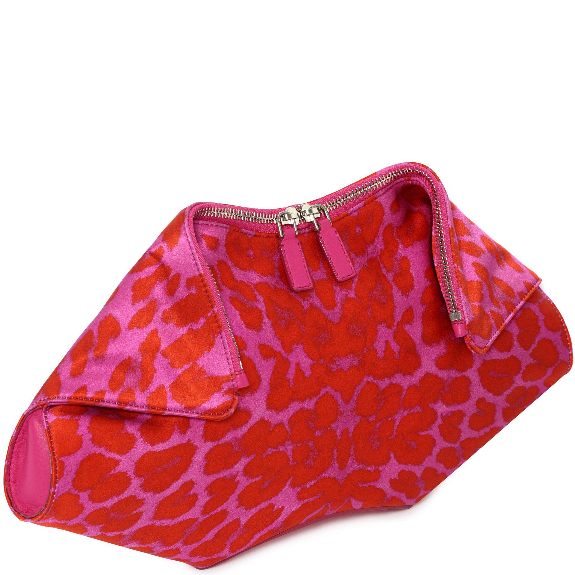 d4d84214da62 Alexander McQueen Leopard Print De Manta Clutch in Pink - Lyst