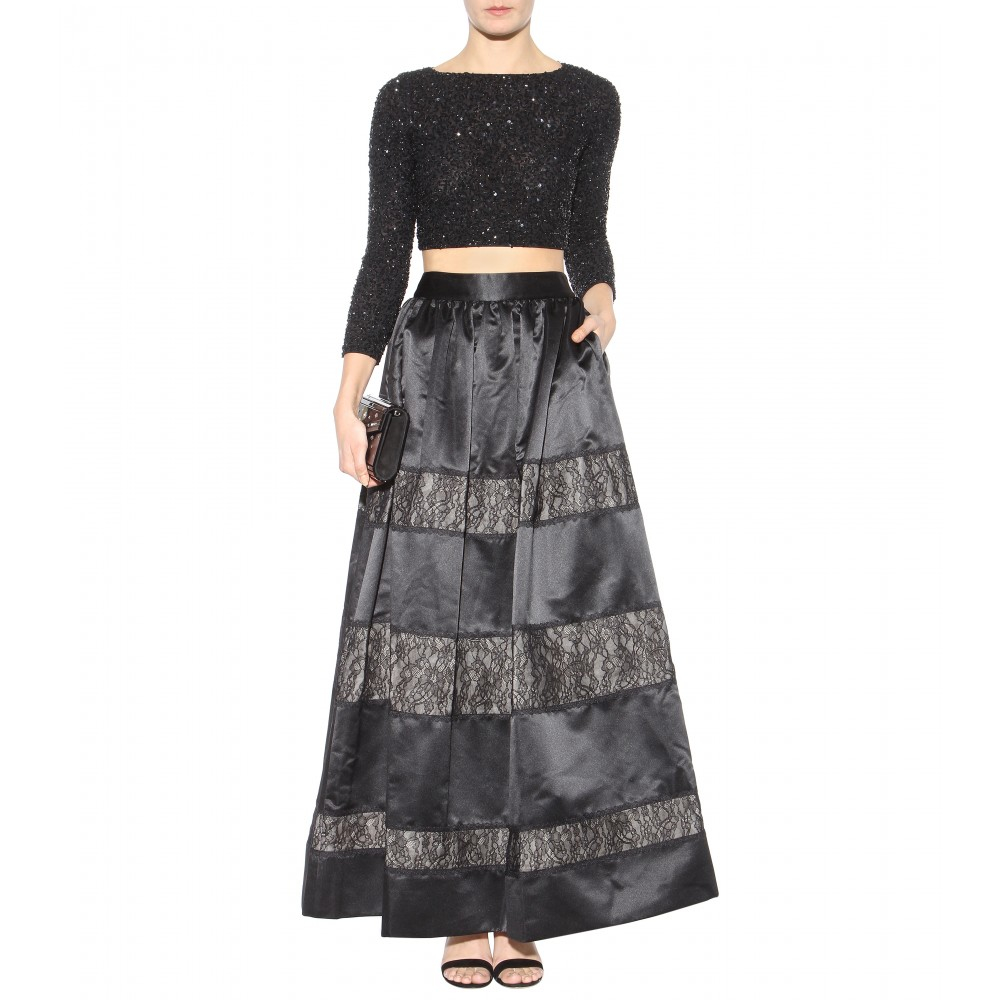 3091b31acdf7ff Lyst - Alice + Olivia Lacey Embellished Cropped Top in Black