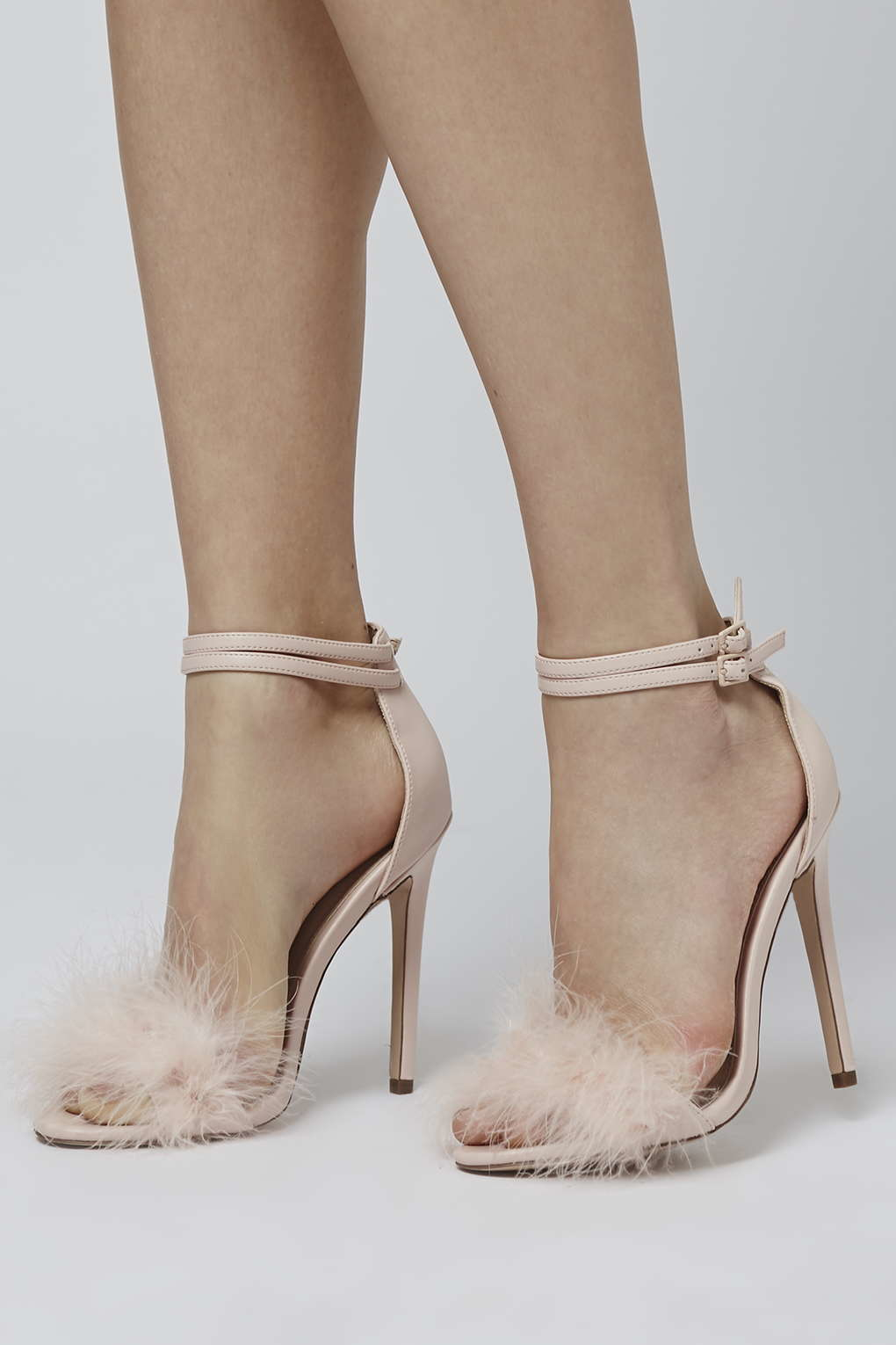 Topshop Reese Feather Sandals in Natural | Lyst