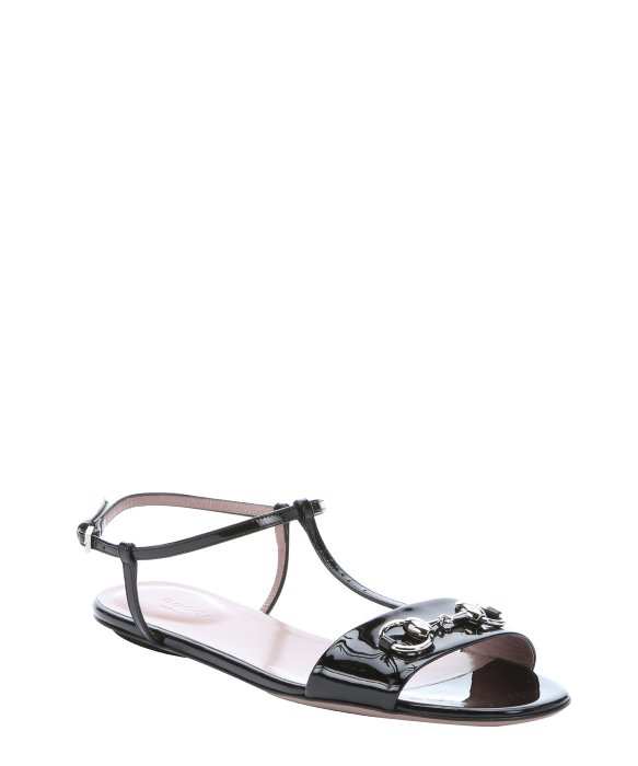 735836b9df2c Gucci Black Patent Leather T-strap Horsebit Detail Sandals in Black - Lyst