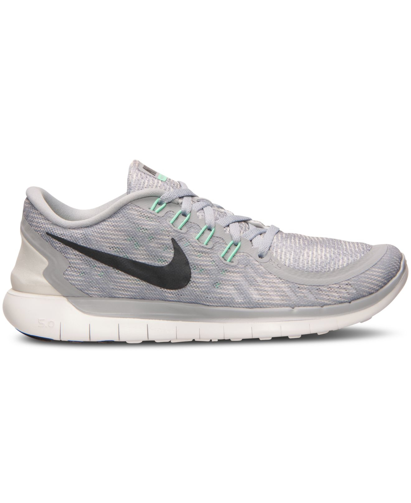 differently 4aba9 ede49 Lyst - Nike Women s Free 5.0 Print Running Sneakers From Finish Line ...